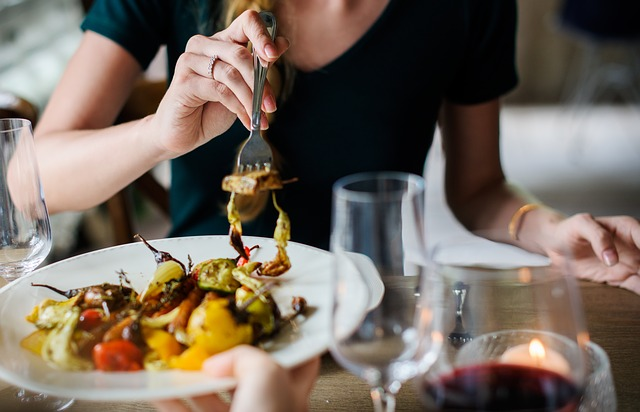 3 Ways to Master Healthy Eating for Physicians Who Work Long Hours